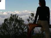 Voyage. jeune costarmoricaine conquête monde