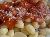 Escalopes Dinde pânées Gnocchi Sauce Tomate