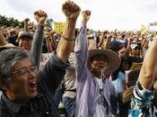 habitants d'Okinawa protestent contre présence militaire américaine