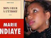 "Littérature combat: Marie Ndiaye ""persiste signe"""