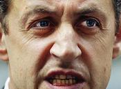 Dans hotte mémé Kamizole Nicolas Sarkozy débat l'identité nationale… fois plus risée presse internationale