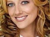 15/01 CASTING Judy Greer (Arrested dans Modern Family