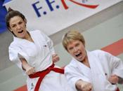 Chantal Jouanno championne karaté équipe)… prête pour bataille J-Paul Huchon
