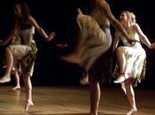 Déhanchement doux, danse... rythme africain