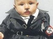 artiste danoise déguise bébé Hitler