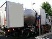 Paris recycle l'huile alimentaire biocarburant pour laver trottoirs