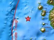 Séisme magnitude probable tsunami Molluques. recherche pétrolière intensive était responsable