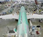 L'assemblage d'un avion Boeing accéléré.