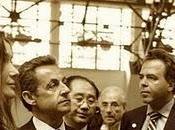 gouvernement s'embourbe, l'Europe sombre, Sarkozy s'envole