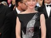 Cate Blanchett rend hommage Alexander McQueen Cannes
