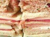 Mini sandwiches variés pour l'apéritif sans lait