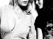 Lindsay Lohan pose sexy avec soeur