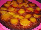 Gâteau renversé nectarines