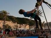 Spectacle cirque musique soir Bonifacio.