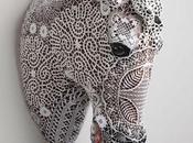 Faiences, acrylique, dentelles crochet...