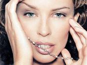 Kylie Minogue revient avec Outta