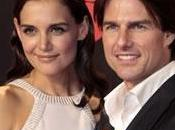 Cruise couvre Katie Holmes roses