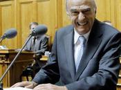 Video: rire parlement suisse, ministre Hans-Rudolf Merz lâche plein discours