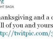 Bill Condon célèbre Thanksgiving avec plumes