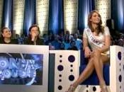 Miss France 2011 chute plateau Laurent Ruquier