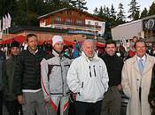 Aston Martin Team rencontre Roger Moore Crans-Montana