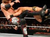 John Cena passe l'offensive contre