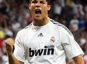 Cristiano Ronaldo réalise dribble avec