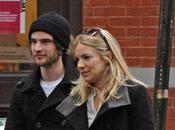 Sienna Miller couple avec Sturridge remplaçant Jude meilleur Robert Pattinson
