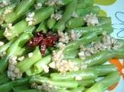 Salade d'haricots verts 凉拌扁豆 liángbàn biǎndòu