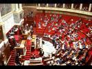 L'Assemblée nationale dote d'un Comité d'évaluation contrôle.