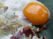 grandeur dans simplicité: oeuf plat jambon oignons