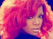 """Performance live Rihanna chante """"correctement"""" nouveau titre"""