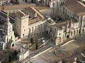 Princesses, Brigands, Gueux Chevaliers réinvesti Palais Papes Avignon.