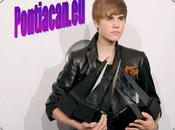 Justin Bieber Onze Awards vue... (Vidéo)