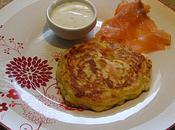 Pancakes légumes accompagné saumon fumé