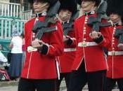People: garde Palais Buckingham insulte Kate Middleton Facebook