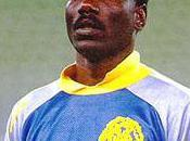 Thomas Nkono, premier gardien noir d'Europe