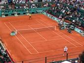 Roland Garros installe court tennis toit Galeries Lafayette