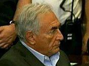 """""""Affaire DSK"""" inculpé mais libéré sous caution"""