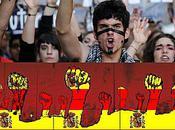 indignés espagnols montrent jeunes européens révolution rupture avec systèmes place