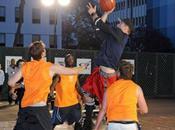 Kellan Lutz fait petite partie Basket Ball