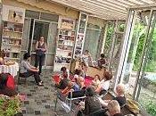 "éditeur ""jeunesse"" transforme librairie Elan tapis volant"