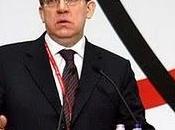 Russie: réduction nombre fonctionnaires rapportera