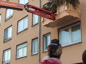 Ambient Marketing balcon amovible pour surprendre habitants