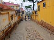 Promenade solitaire dans rues Qingdao