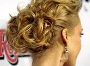 Chignon curly Jessica Alba