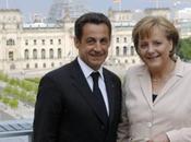 Août, Merkel Sarkozy s'échangent leurs roupies sansonnet)