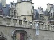 Promenade bibliophile: livres musée national Moyen l'hôtel Cluny