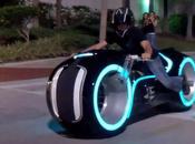 Tron Lightcycle tout électrique