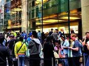 Apple Samsung, queue plus grande...
